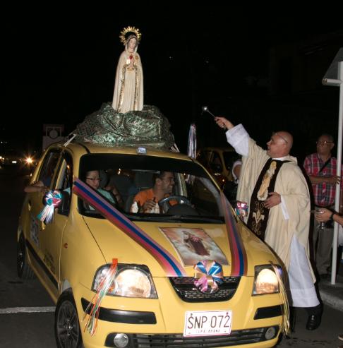 celebracion-del-dia-de-la-virgen-del-carmen-patrona-de-los-conductores